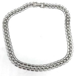 Coro silvertone necklace (box 1)